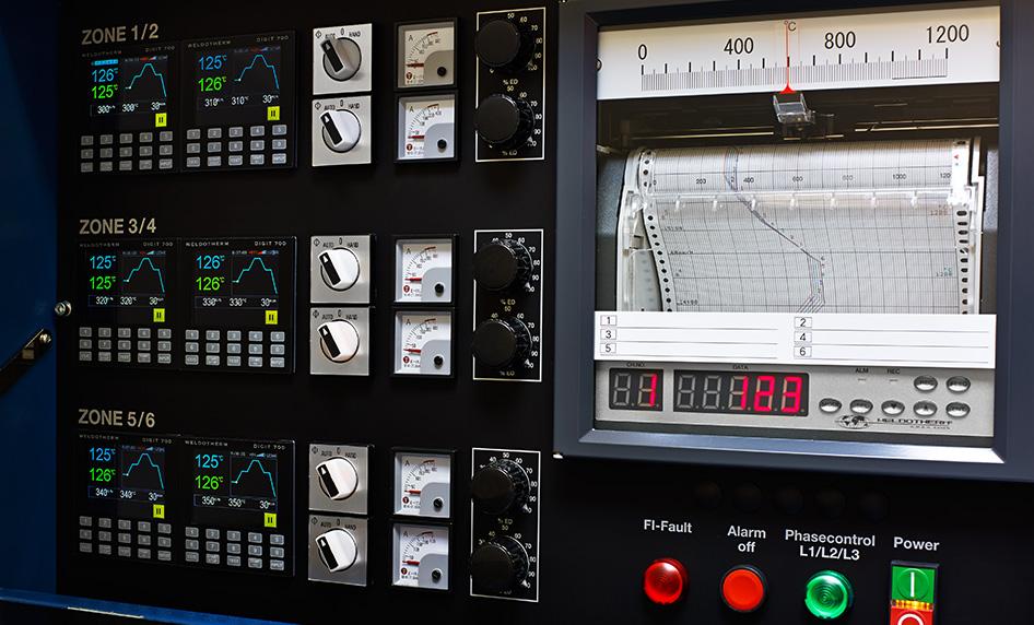Программный регулятор DIGIT 700